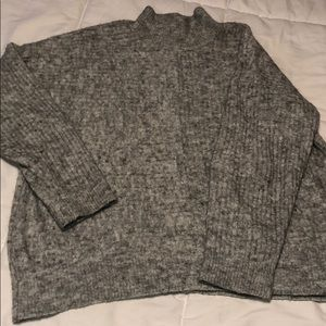 Turtle neck wool style sweater